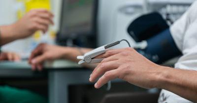 Unimed Litoral contrata concierge, fonoaudiólogo, analista de sistemas, enfermeiros e outros profissionais