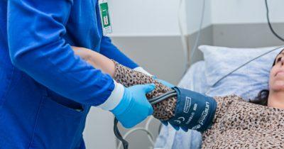 Unimed Litoral contrata enfermeiros, técnicos de enfermagem e escriturário
